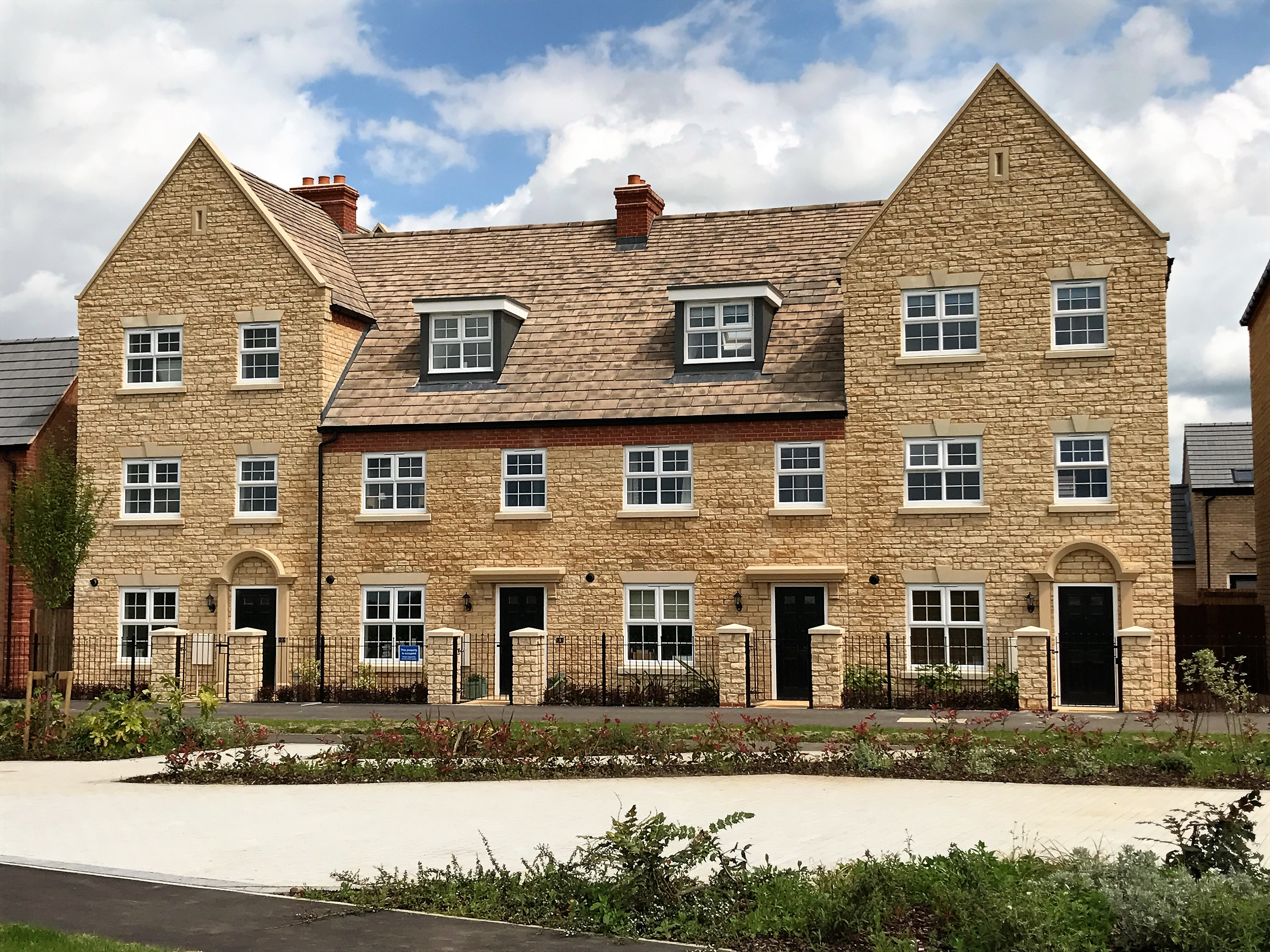 Taylor Wimpey Residential Case Studies Forticrete